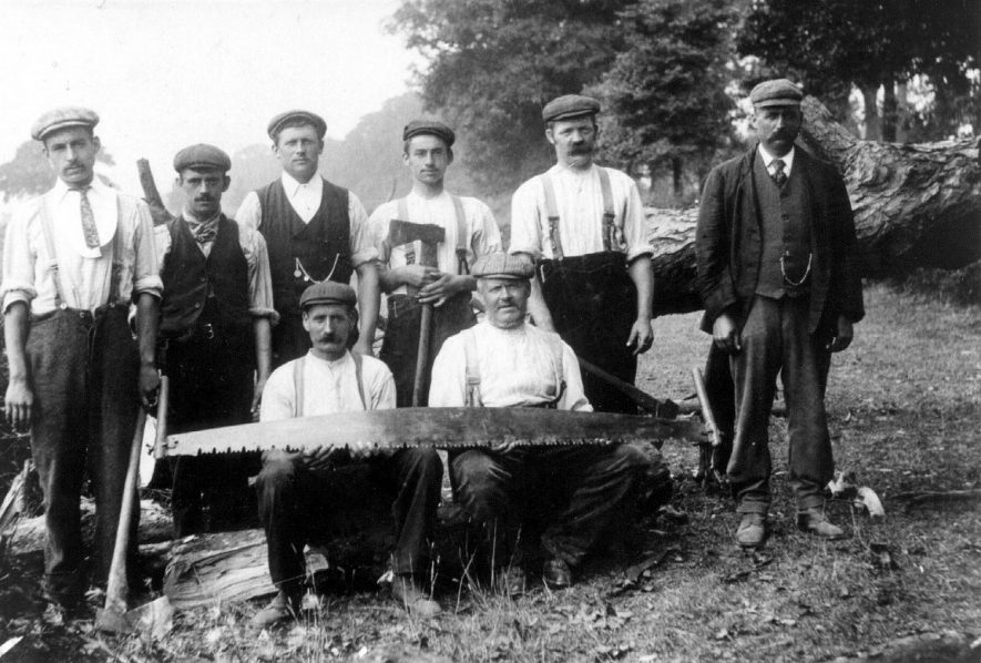 Group of foresters on the Duke of Buccleuch's Estate, Dunchurch.  1900 |  IMAGE LOCATION: (Warwickshire County Record Office)