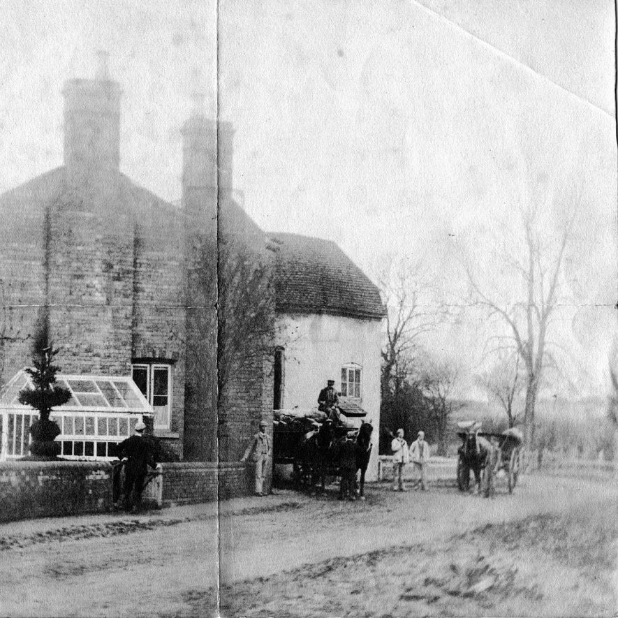 The Mill House, Eathorpe with group of workers and their horses and carts.  Before 1903 |  IMAGE LOCATION: (Warwickshire County Record Office)