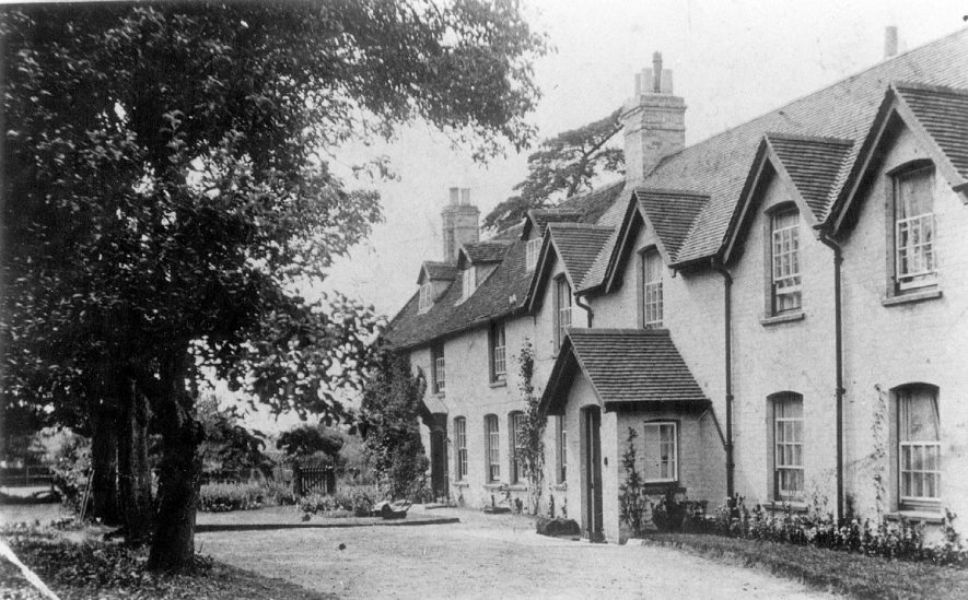 Wood Farm, Moreton Morrell.  1900s |  IMAGE LOCATION: (Warwickshire County Record Office)