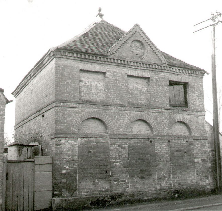 Dovecote and coach house at Moreton House, Moreton Morrell.  1966 |  IMAGE LOCATION: (Warwickshire County Record Office)