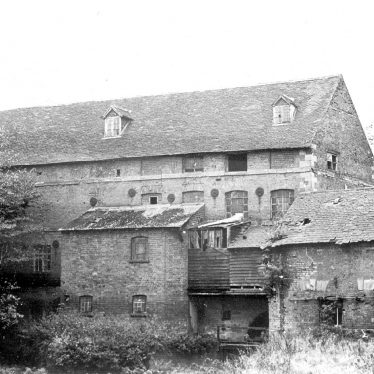 Milverton.  Rock Mills