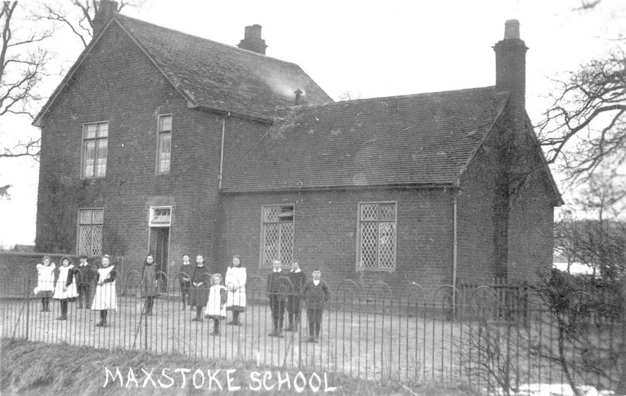 Maxstoke village school.  1907 |  IMAGE LOCATION: (Warwickshire County Record Office)