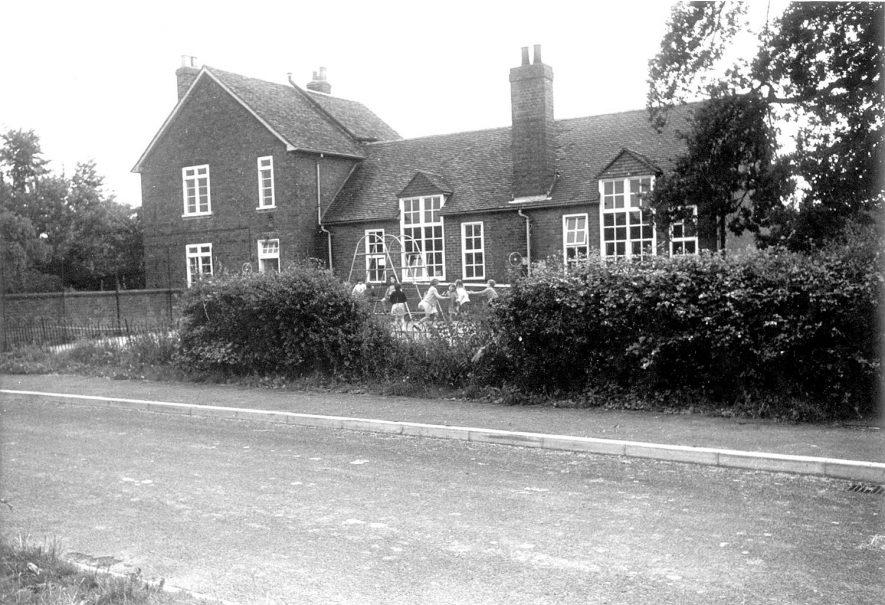 Maxstoke school.  1960s  |  IMAGE LOCATION: (Warwickshire County Record Office)