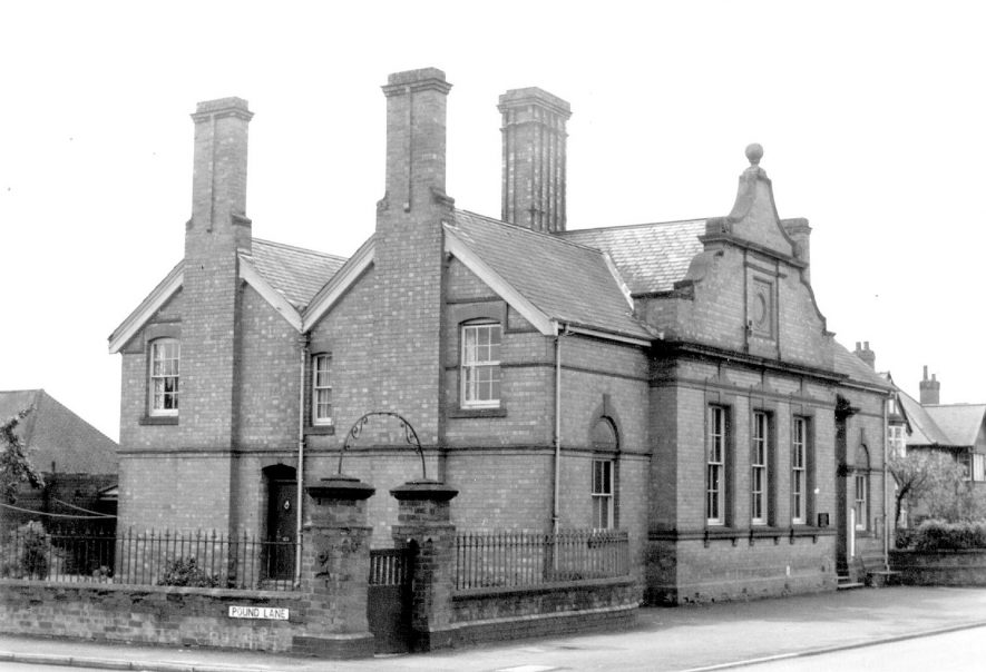 Lillington public library on the corner of Pound Lane.  1967 |  IMAGE LOCATION: (Warwickshire County Record Office)