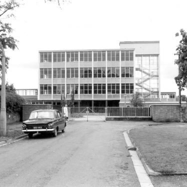 Lillington.  Blackdown School