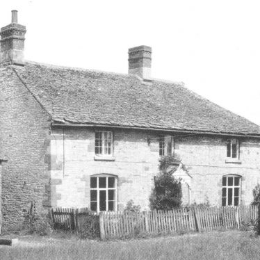 Newbold on Stour.  Gore Hill Farmhouse