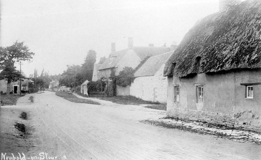 Village street with cottages, Newbold on Stour.  1900s. |  IMAGE LOCATION: (Warwickshire County Record Office)
