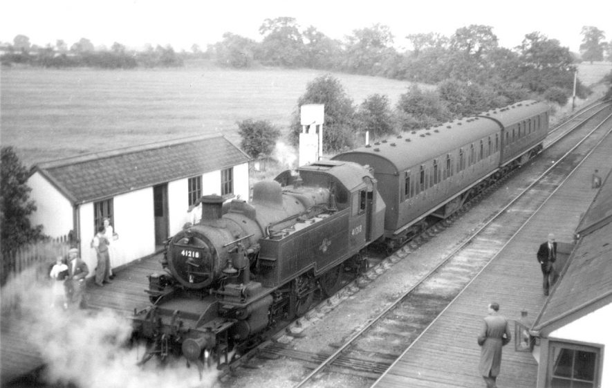 The last train from Leamington (Avenue) on arrival at Napton and Stockton station.  September 13th 1958