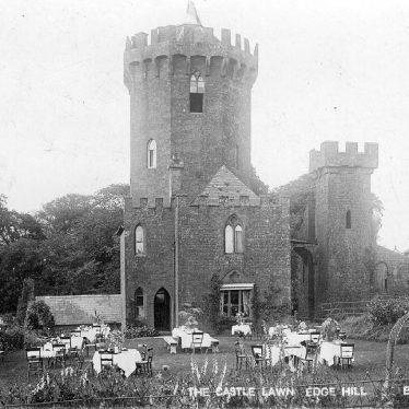 Edgehill.  Castle Lawn