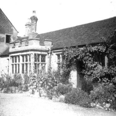 Warwick.  Priory