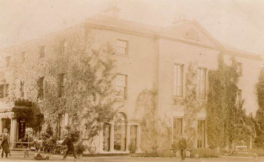 Newbold Pacey Hall.  1900s |  IMAGE LOCATION: (Warwickshire County Record Office)