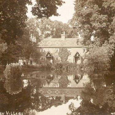Newbold Pacey.  Village and pond