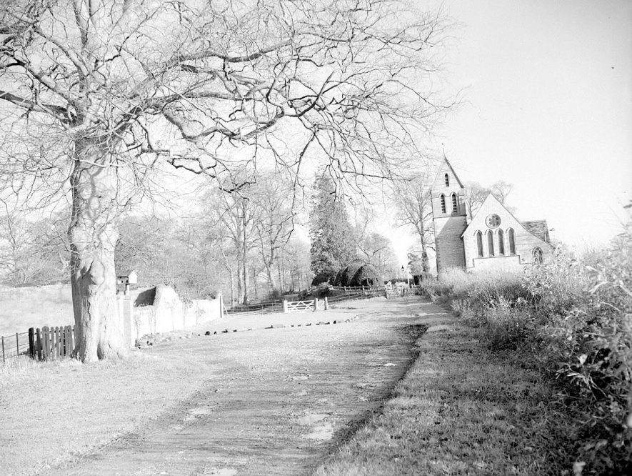 St George's Church, Newbold Pacey.  1950s |  IMAGE LOCATION: (Warwickshire County Record Office)