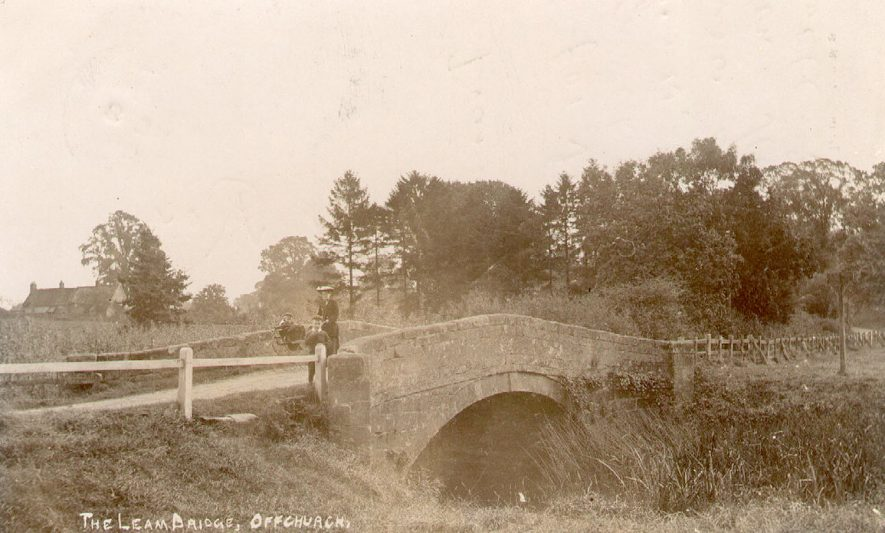 The Leam bridge, Offchurch.  1900s |  IMAGE LOCATION: (Warwickshire County Record Office)