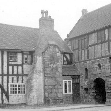 Polesworth.  Gatehouse