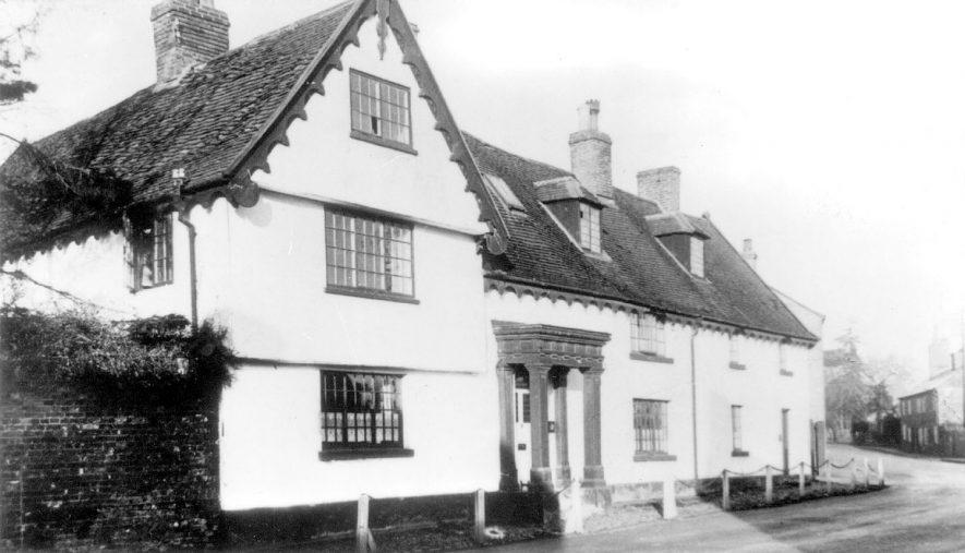 Pailton Hall, Pailton.  Circa 1920 |  IMAGE LOCATION: (Warwickshire County Record Office)