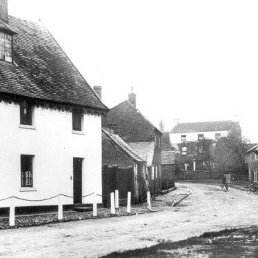 Pailton.  Village centre