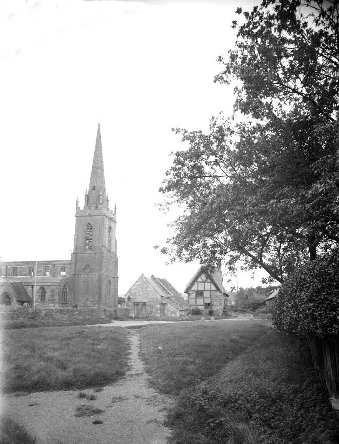 Lower Quinton parish church (St Swithin's).  1948 |  IMAGE LOCATION: (Warwickshire County Record Office)