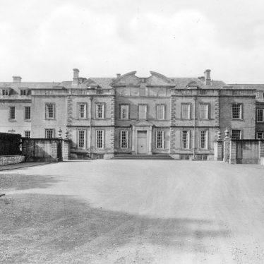 Ratley.  Upton House