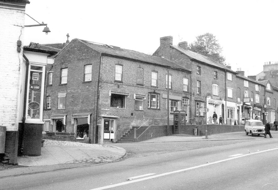 View of Market Hill, Southam.  1968    IMAGE LOCATION: (Warwickshire County Record Office)