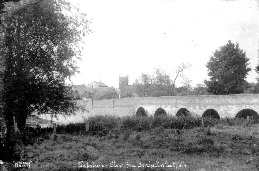 Shipston on Stour from Barcheston footpath.  1950s |  IMAGE LOCATION: (Warwickshire County Record Office)