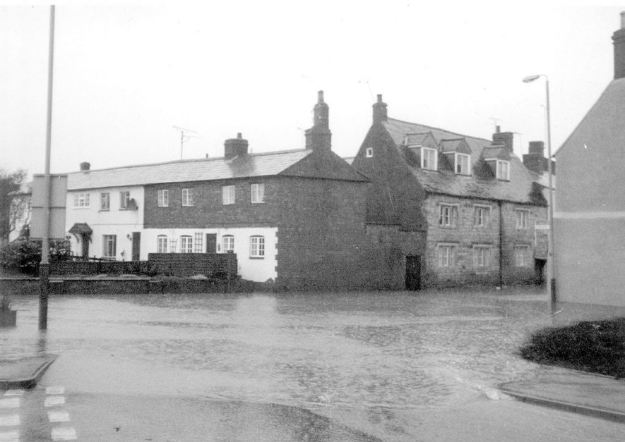 Flooding in Shipston on Stour.  1998  [It has been noted that this image has been printed with the negative the wrong way round]    IMAGE LOCATION: (Warwickshire County Record Office)