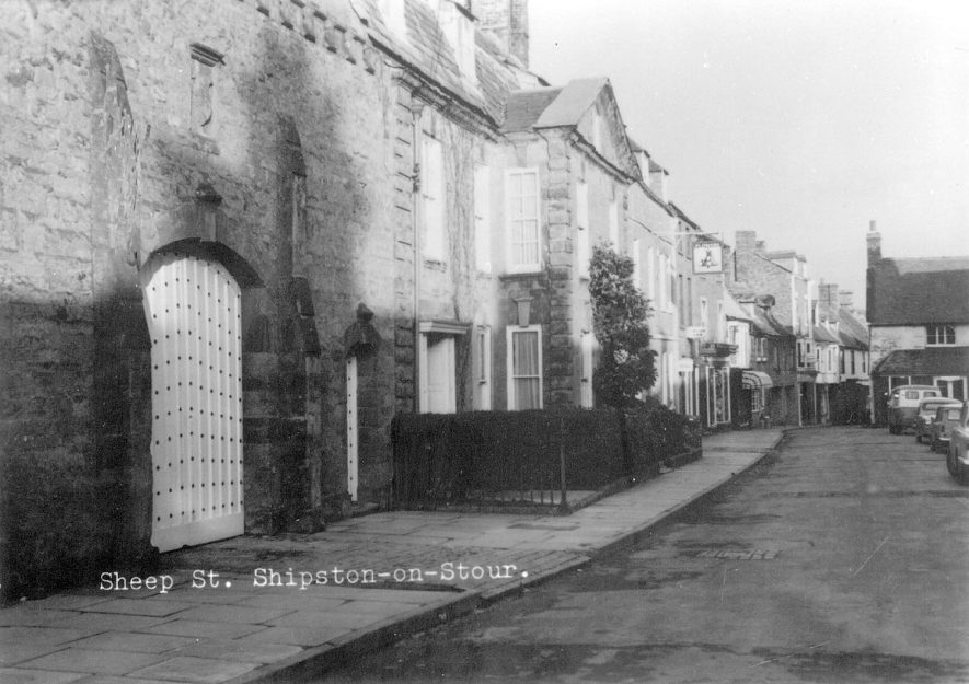 Sheep Street, Shipston on Stour.  1960s |  IMAGE LOCATION: (Warwickshire County Record Office)