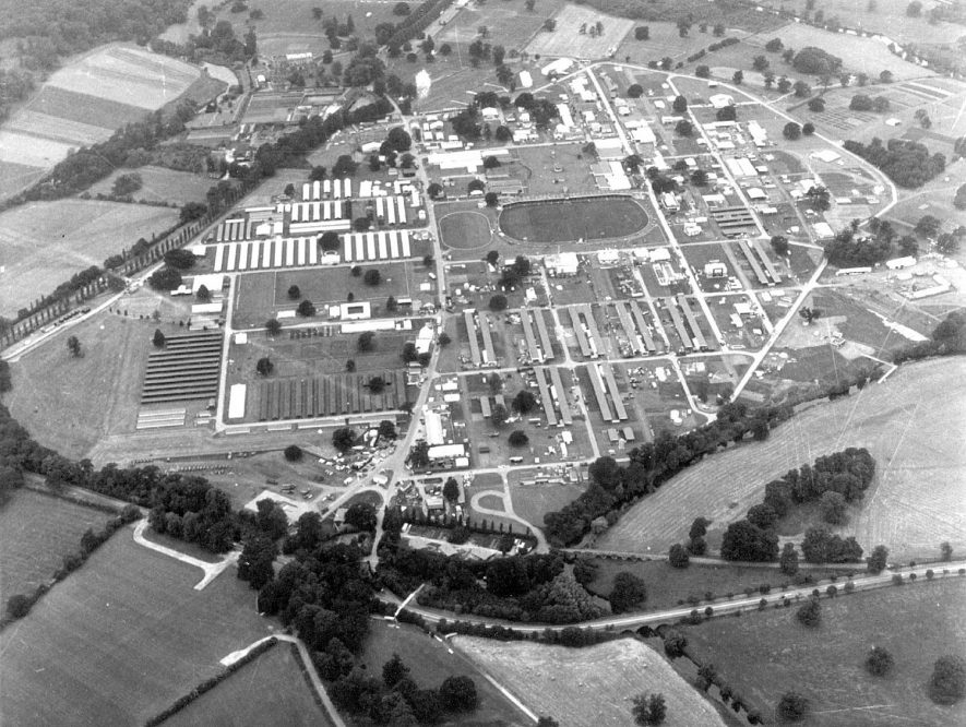 National Agricultural Society's Showground seen from the air, Stoneleigh.  1970s |  IMAGE LOCATION: (Warwickshire County Record Office)