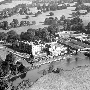 Stoneleigh.  Stoneleigh Abbey