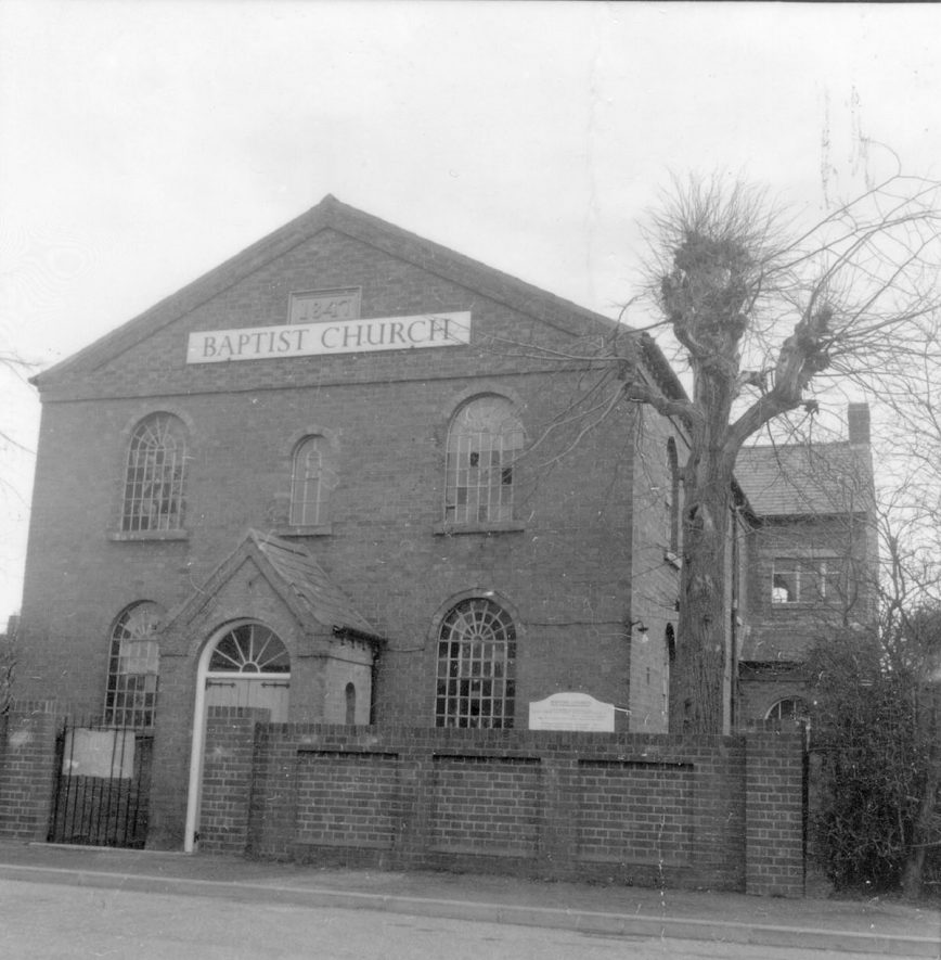 Studley Baptist Church.  1950s |  IMAGE LOCATION: (Warwickshire County Record Office)