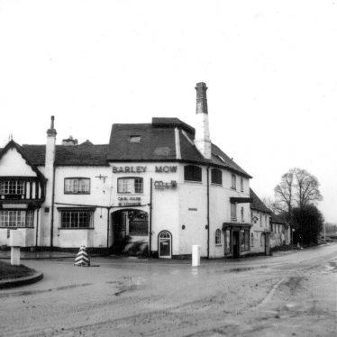 Studley.  Barley Mow Inn