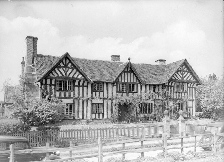 The Manor House, Stoneleigh.  1946 |  IMAGE LOCATION: (Warwickshire County Record Office)