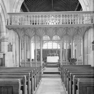 Southam.  St James church interior