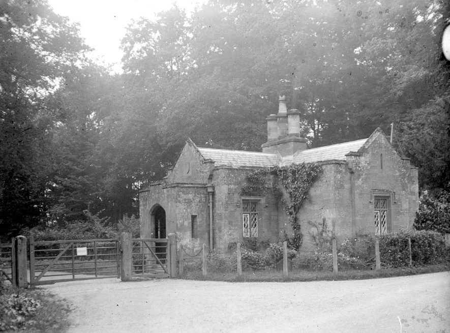 Gatehouse at the Stoneleigh estate.  c.1950 |  IMAGE LOCATION: (Warwickshire County Record Office) IMAGE DATE: (c.1950)