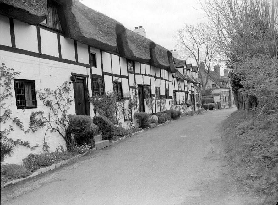 Timber-frame, thatched cottages in Shottery.  May 1956 |  IMAGE LOCATION: (Warwickshire County Record Office)