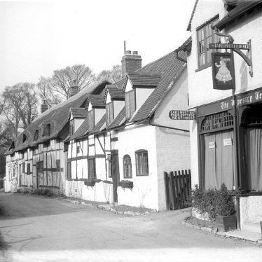 Shottery.  Row of cottages