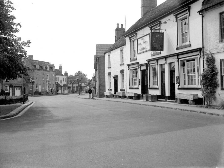 A street in Tanworth in Arden, showing the Bell Inn.  1957 |  IMAGE LOCATION: (Warwickshire County Record Office)