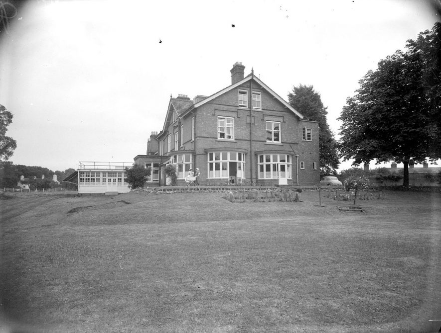 Monroe Devis Hospital and part of grounds, Tiddington.  1951 |  IMAGE LOCATION: (Warwickshire County Record Office)