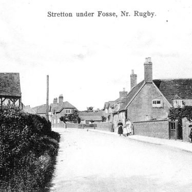 Stretton under Fosse.  Village street