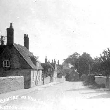 Stretton under Fosse.  Village centre
