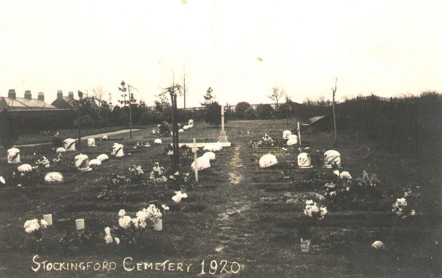 Stockingford cemetery.  1920 |  IMAGE LOCATION: (Warwickshire County Record Office)