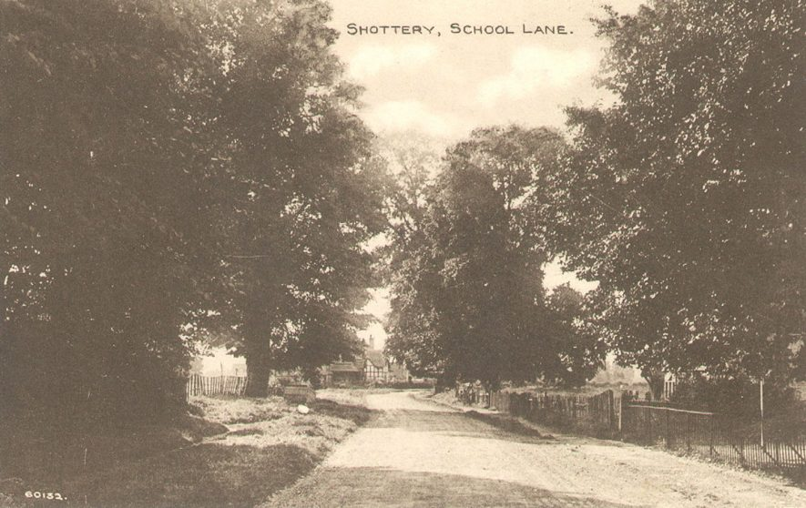 School Lane, Shottery.  1900s |  IMAGE LOCATION: (Warwickshire County Record Office)