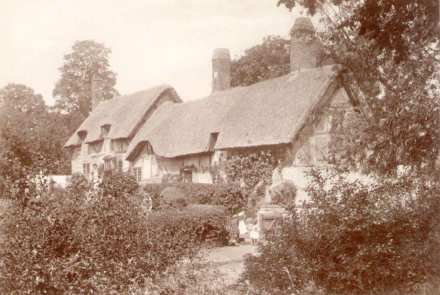Hathaway Farm, formerly Burman's Farm, Shottery, showing the farm house rear.  1900s |  IMAGE LOCATION: (Warwickshire County Record Office)