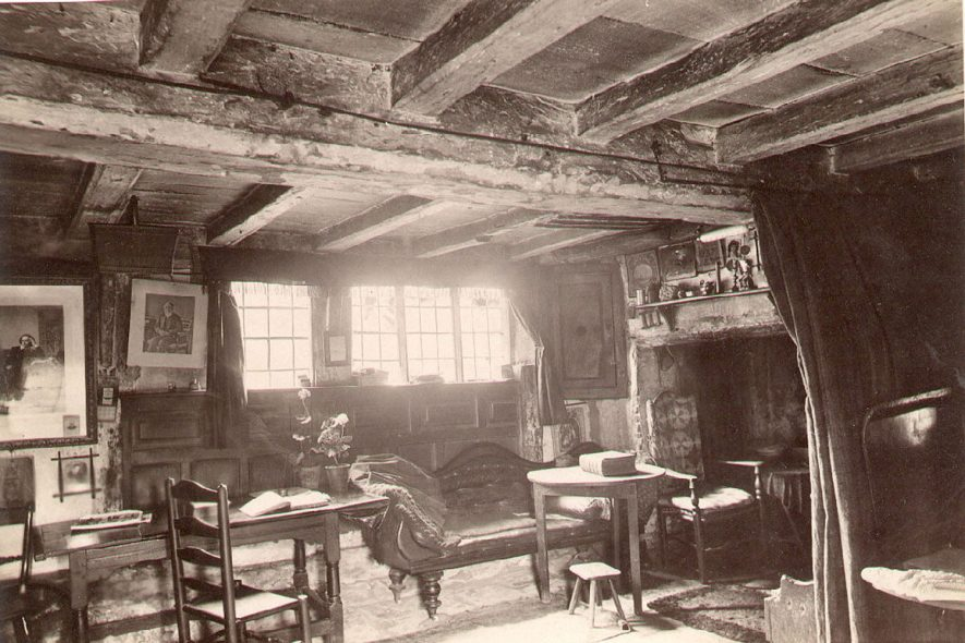 Anne Hathaway's Cottage Interior, Shottery, showing the parlour.  1900s |  IMAGE LOCATION: (Warwickshire County Record Office)