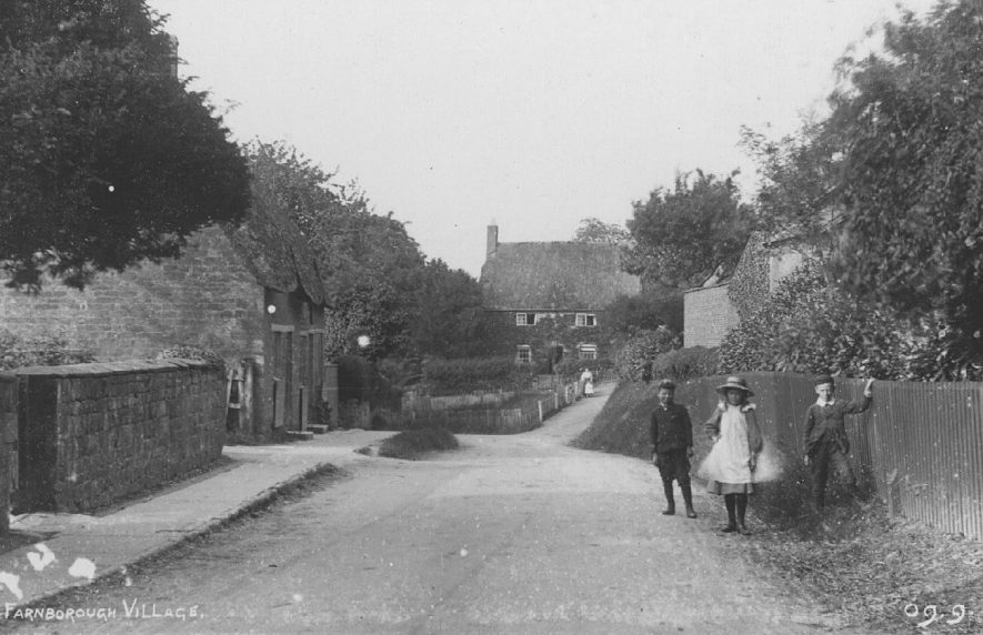 Part of village showing cottages and lane, Farnborough.  1900s |  IMAGE LOCATION: (Warwickshire County Record Office)