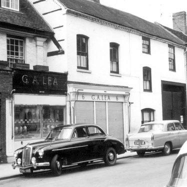Stratford upon Avon.  Street scene