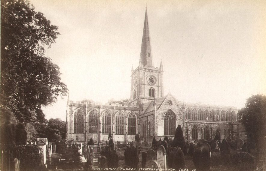 Holy Trinity church and churchyard from the north, Stratford upon Avon.  1900s |  IMAGE LOCATION: (Warwickshire County Record Office)