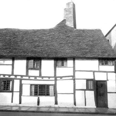 Stratford upon Avon.  2 Masons Court, Rother Street