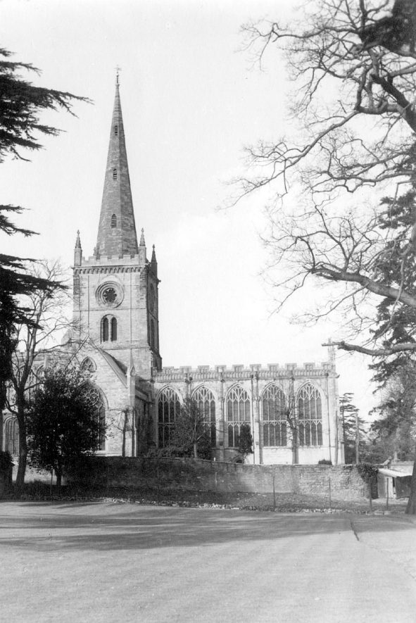 Exterior of Holy Trinity church, Stratford upon Avon.  1960s |  IMAGE LOCATION: (Warwickshire County Record Office)