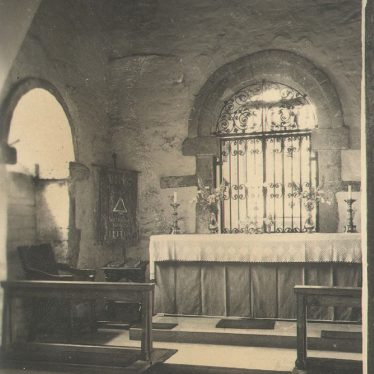 Wootton Wawen.  Parish Church interior